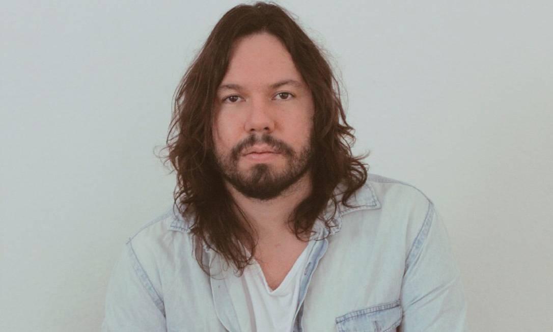 """O cantor e compositor Teago Oliveira, da banda Maglore, que lança o disco solo """"Boa sorte"""" Foto: Divulgação"""