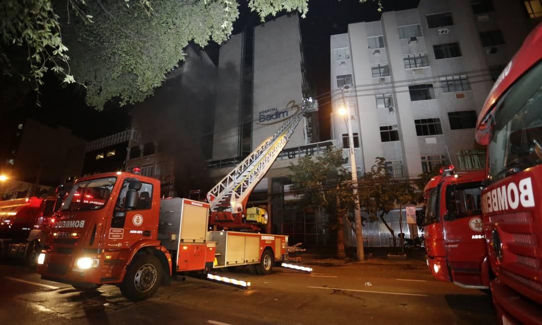 Morre 20º idoso transferido do Hospital Badim após incêndio