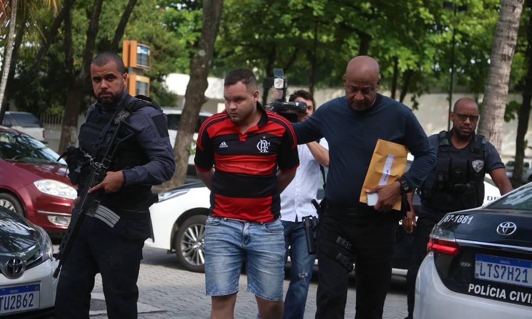 Resultado de imagem para Polícia prende suspeitos que queriam invadir Maracanã para ver Flamengo x Grêmio
