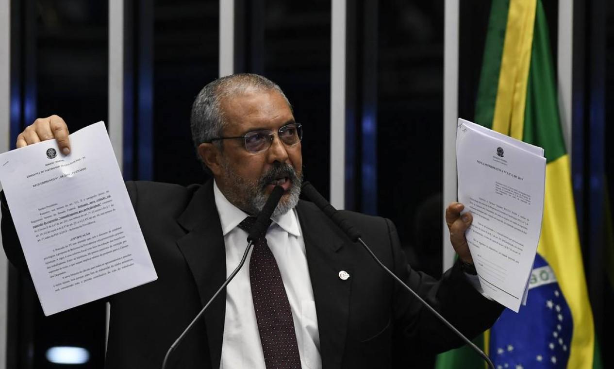 Destaque apresentado pelo senador Paulo Paim (PT-RS) reduziria economia da reforma em R$ 23 bilhões Foto: Jefferson Rudy / Agência Senado