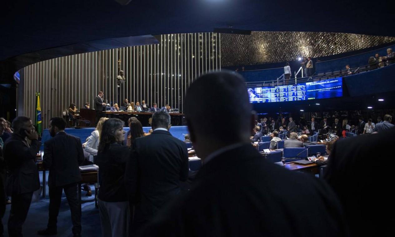 A reforma da Previdência aprovada fixa idade mínima para aposentadoria de 62 anos para as mulheres e 65 anos para os homens Foto: Daniel Marenco / Agência O Globo
