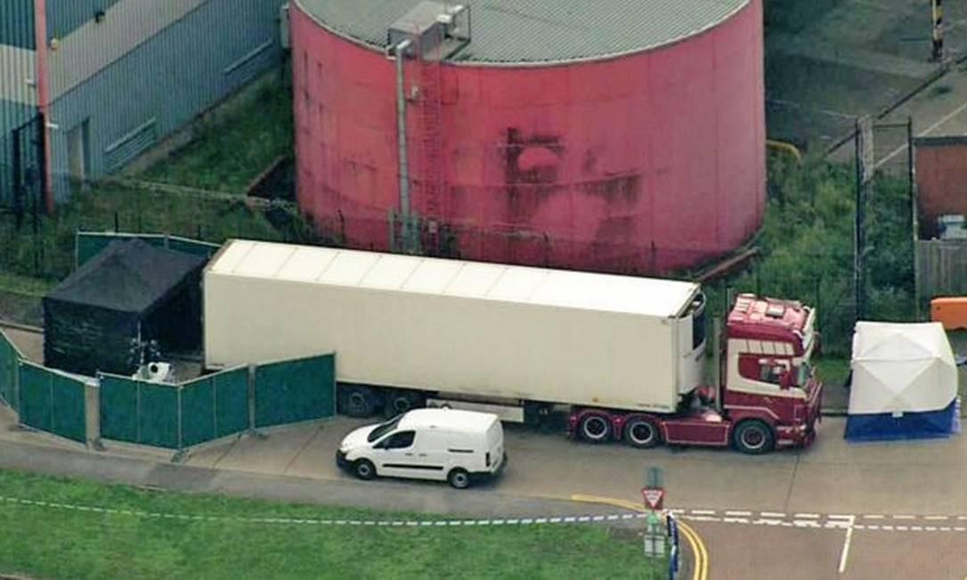 O motorista, de 25 anos, foi preso por suspeita de homicídio — vítimas ainda não foram identificadas Foto: PA Media