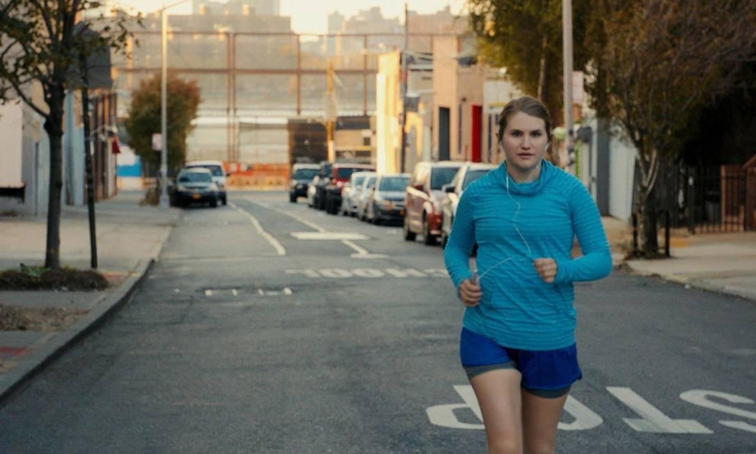 Jillian Bell em cena do filme 'A maratona de Brittany' Foto: Divulgação