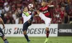 08/03/2017 FUTEBOL - Taça Libertadores da América - Flamengo x San Lorenzo. O atacante Paolo Guerrero Foto: Guito Moreto / Agência O Globo