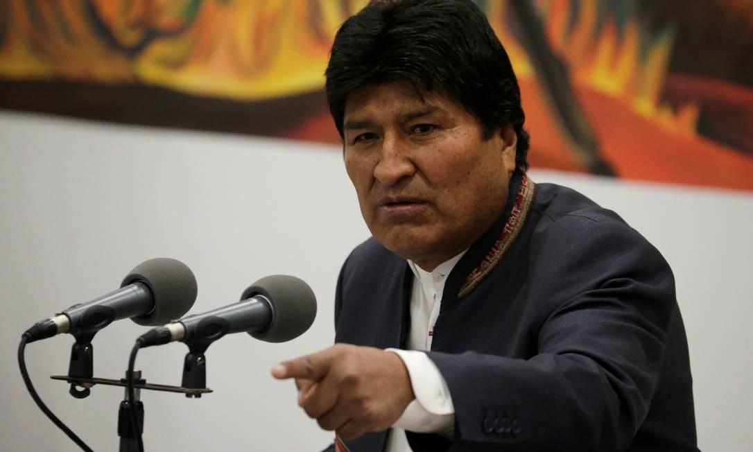 Evo Morales fala durante entrevista coletiva: presidente comemorou vitória com 98% das urnas apuradas Foto: DAVID MERCADO / REUTERS