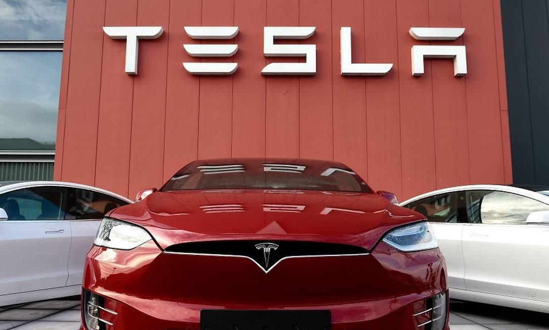 Tesla passou a GM em valor de mercado nos EUA. Foto: JOHN THYS / AFP