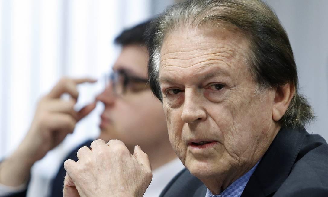 Luciano Bivar (PE), presidente do PSL Foto: Jorge William / Agência O Globo