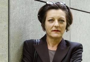 Autora Herta Muller, em Weimar, na antiga Alemanha Oriental, em 2004 Foto: Jens Meyer