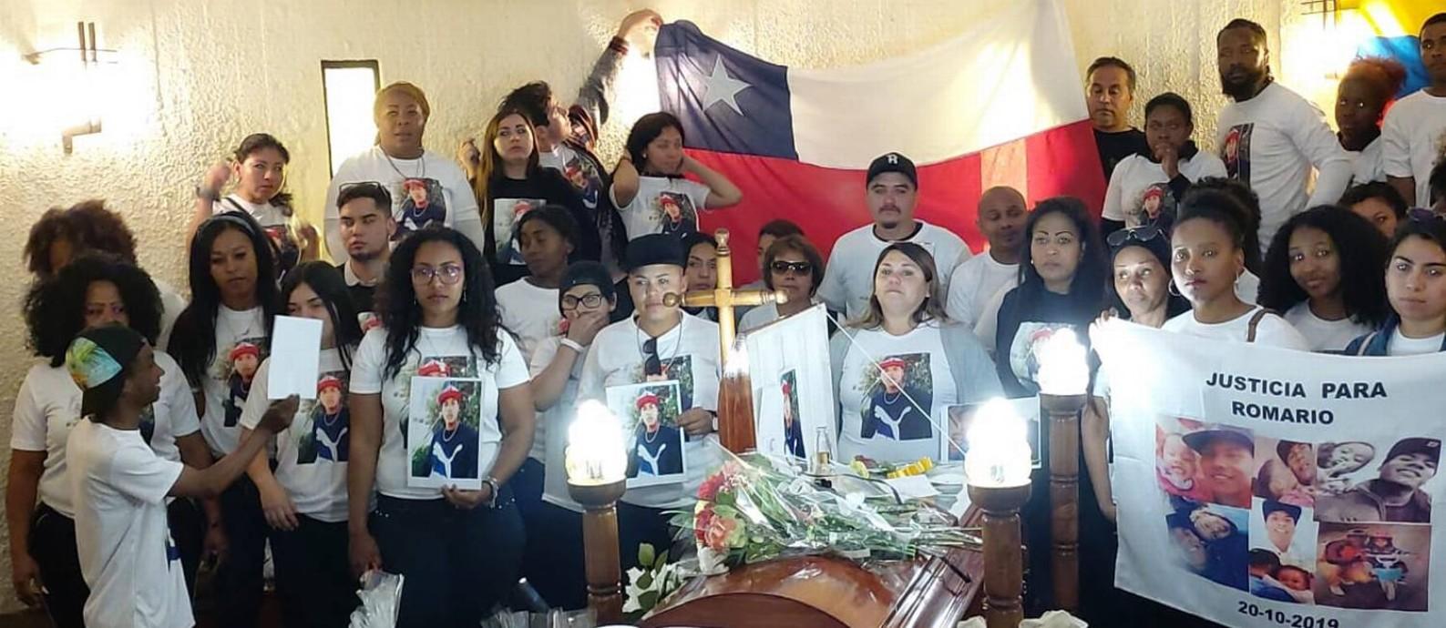 No enterro de Romario, amigos e parentes pedem justiça Foto: Álbum de família