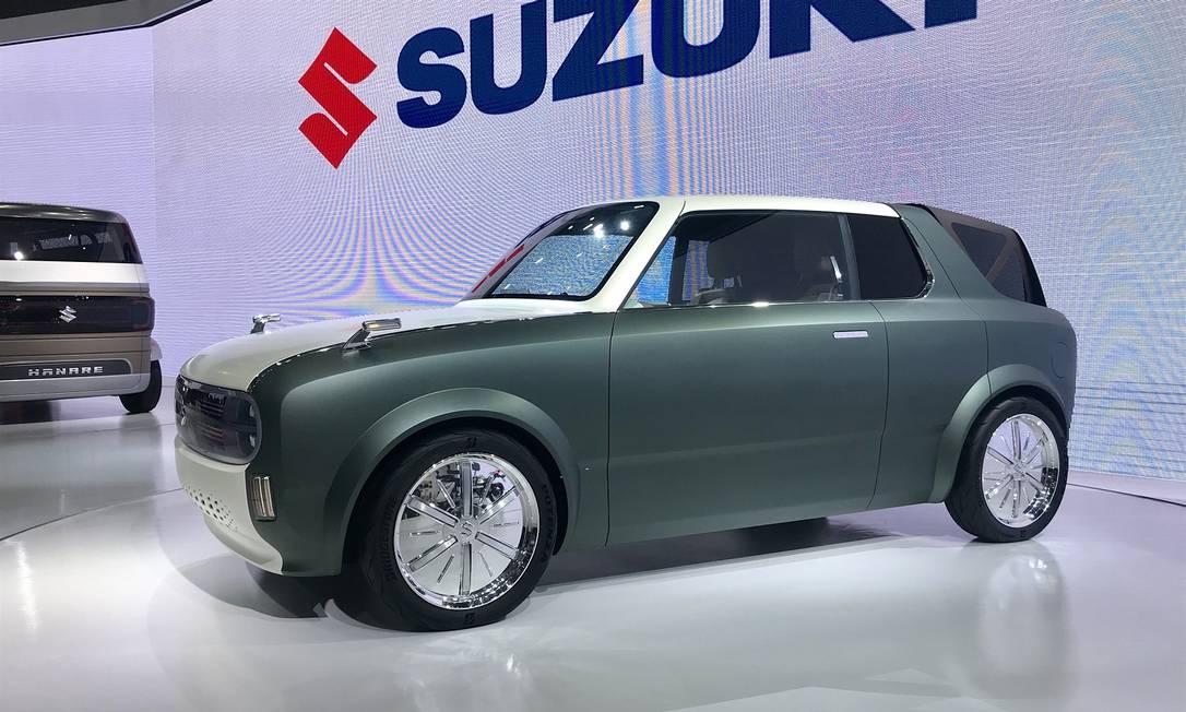 Suzuki Waku Spo: esse conceito elétrico para um cupê, mas pode se transformar em uma station wagon e até em um furgãozinho Foto: Jason Vogel / CarroEtc