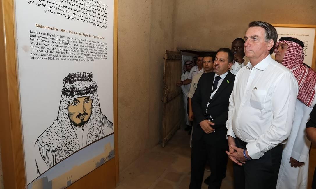Presidente Jair Bolsonaro em visitação ao Forte Masmak, Riade, na Arábia Saudita Foto: José Dias / Presidência da República