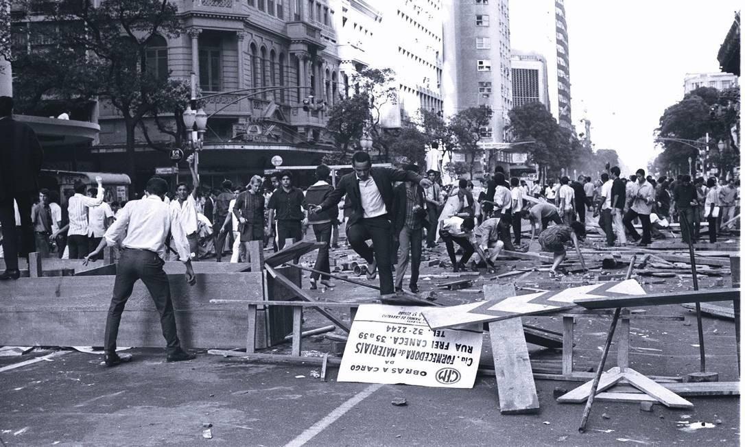 """O episódio ficou conhecido como a """"Sexta-feira sangrenta"""" Foto: Arquivo / Agência O Globo"""