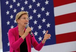 A senadora Elizabeth Warren durante campanha em New Hampshire Foto: Brian Snyder / REUTERS