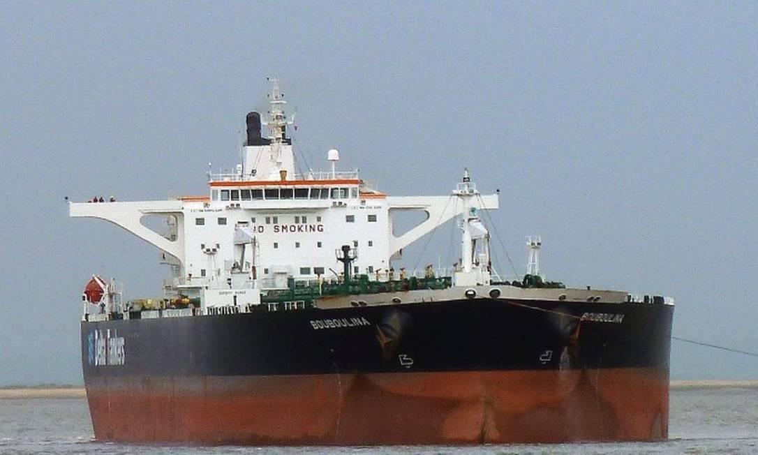 PF aponta navio grego Bouboulina como origem do derramamento de óleo Foto: Reprodução
