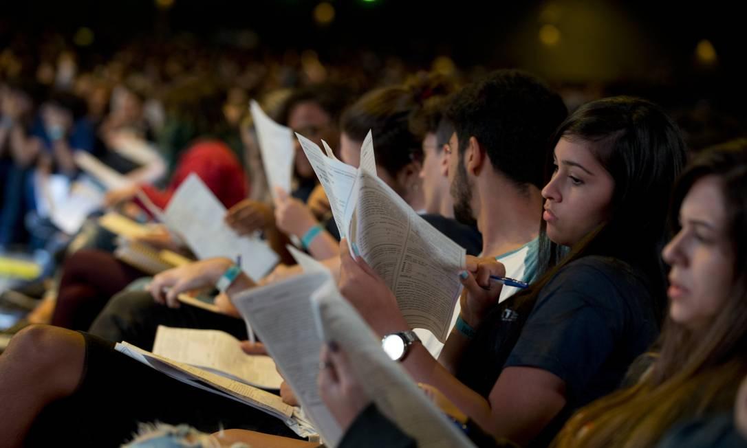 Aulão para o Enem às vésperas da prova Foto: Márcia Foletto / Agência O Globo