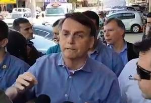 Jair Bolsonaro conversou com jornalistas em Brasília neste sábado (02) Foto: Reprodução