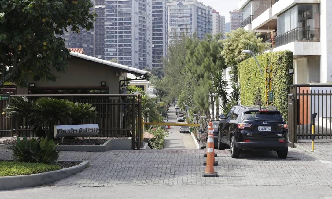 Gravações de portaria do condomínio Vivendas da Barra, no Rio, são alvo de investigações da morte de Marielle Franco Foto: Domingos Peixoto/ Agência O Globo