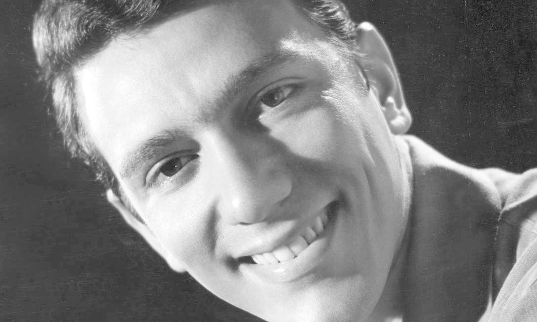 O cantor Silvio Cesar em 1965 Foto: Divulgação