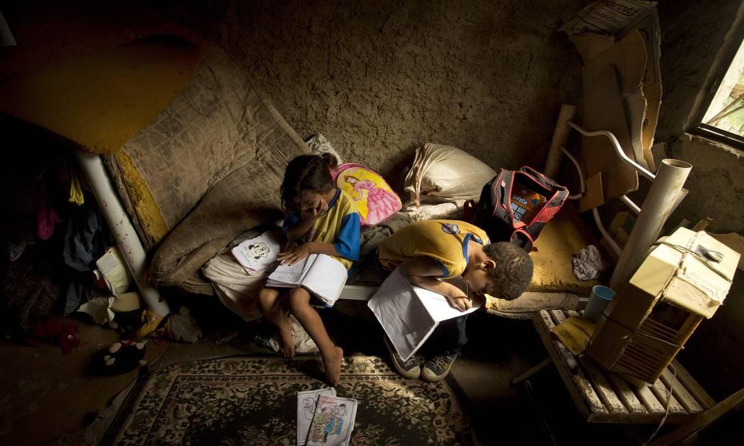 13,5 milhões de brasileiros estavam na extrema pobreza, em 2018, segundo o IBGE Foto: Márca Foletto / Agência O Globo