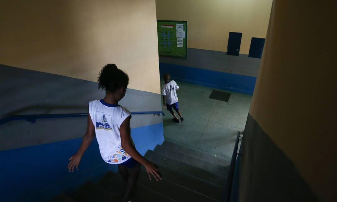Atraso escolar e pobreza estão entre as razões para evasão Foto: Pedro Teixeira / Pedro Teixeira/05-09-2018