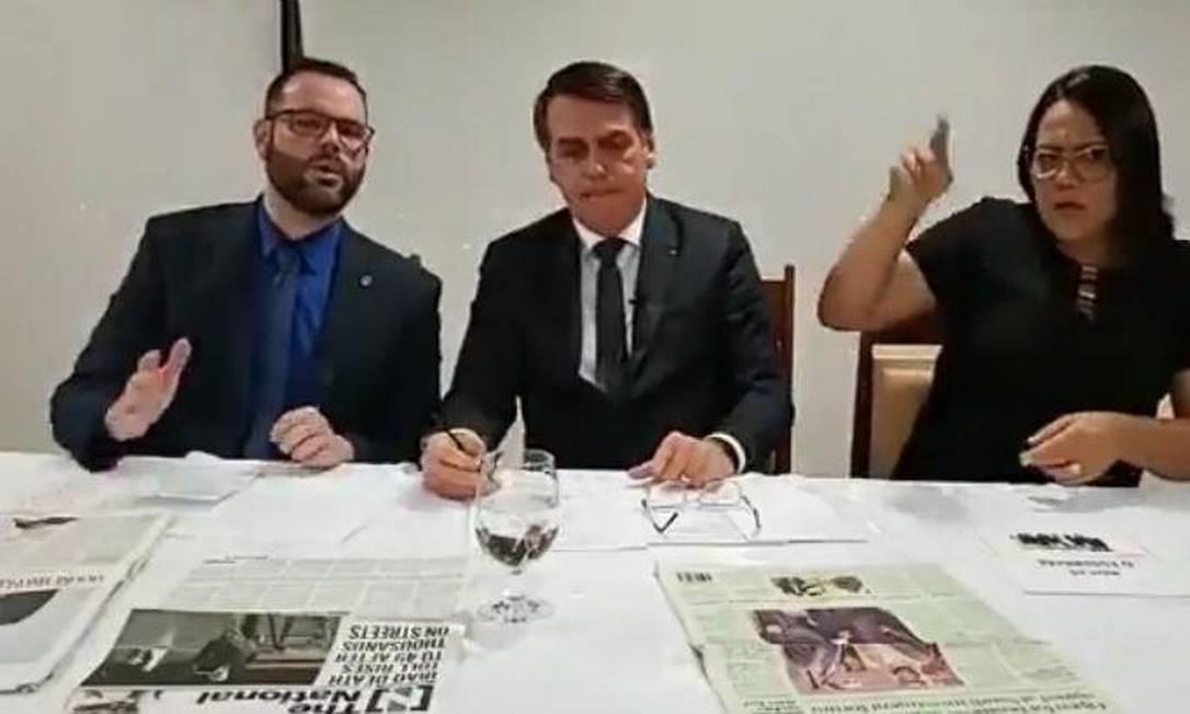 Seif e Bolsonaro em live em novembro de 2019 Foto: Reprodução
