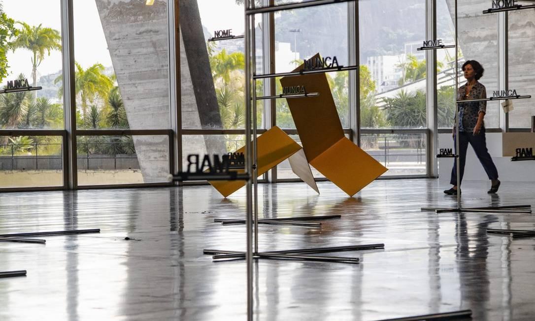 MAM exibe esculturas de Franz Weissmann, Amilcar de Castro e Waltercio Caldas Foto: Ana Branco
