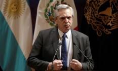 Presidente eleito da Argentina, Alberto Fernández, durante discurso na Cidade do México Foto: Luis Cortes / Reuters