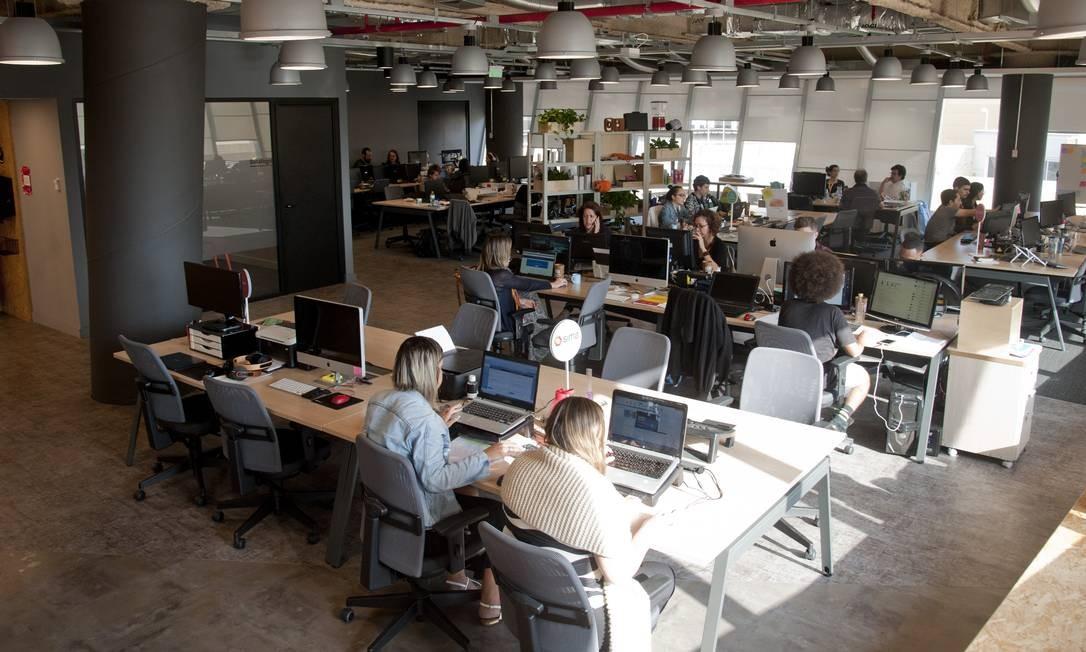 Fábrica de Startups ocupa 3º andar de prédio na Zona Portuária Foto: Adriana Lorete. / Agência O Globo
