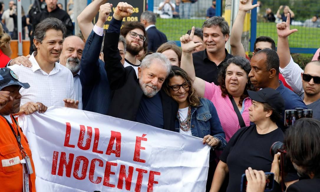 Lula deixa sede da PF após 580 dias preso Foto: RODOLFO BUHRER / REUTERS