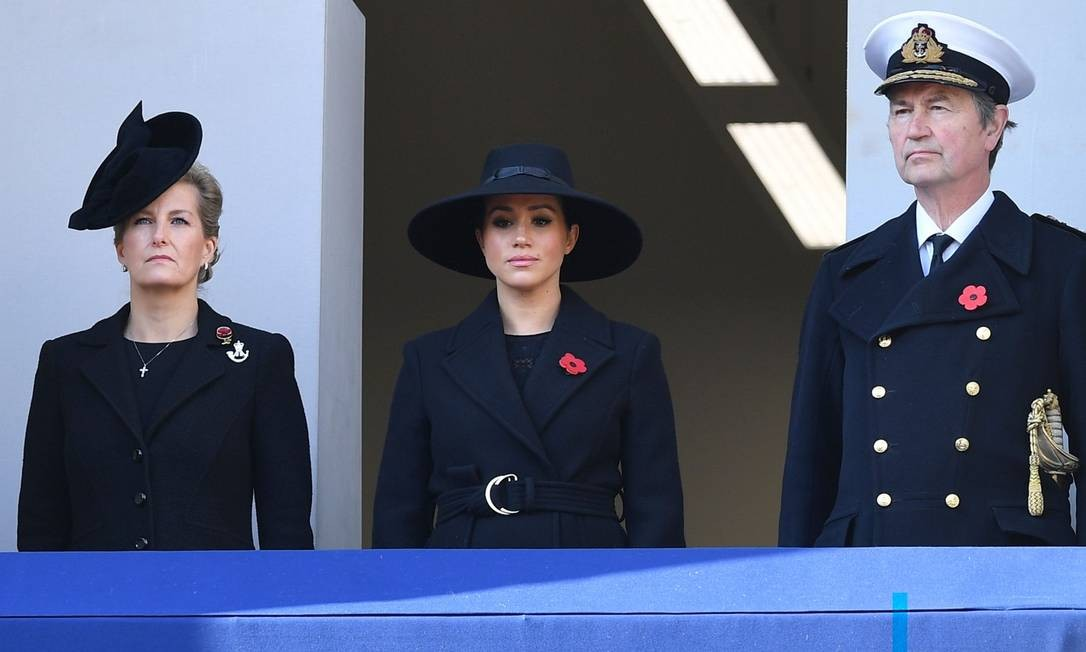 O importante evento teve a presença de Meghan Markle, que, por sua posição na Coroa, ficou ao lado de Sophie, a condessa de Wessex, esposa do príncipe Eduardo, o caçula de Elizabeth II Foto: DANIEL LEAL-OLIVAS / AFP