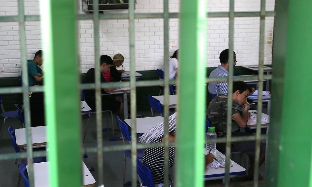 Estudantes fazem prova do Enem 2019 no Colégio GISNO, em Brasília Foto: Jorge William / Agência O Globo