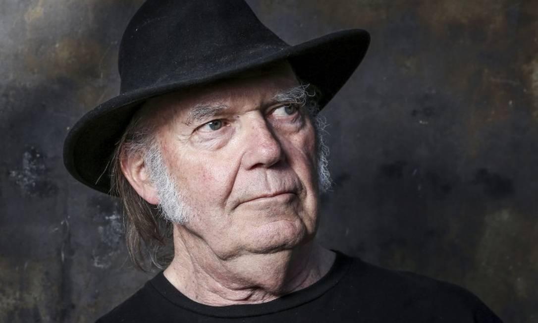 Neil Young está reivindicando dupla cidadania Foto: Rich Fury / AP