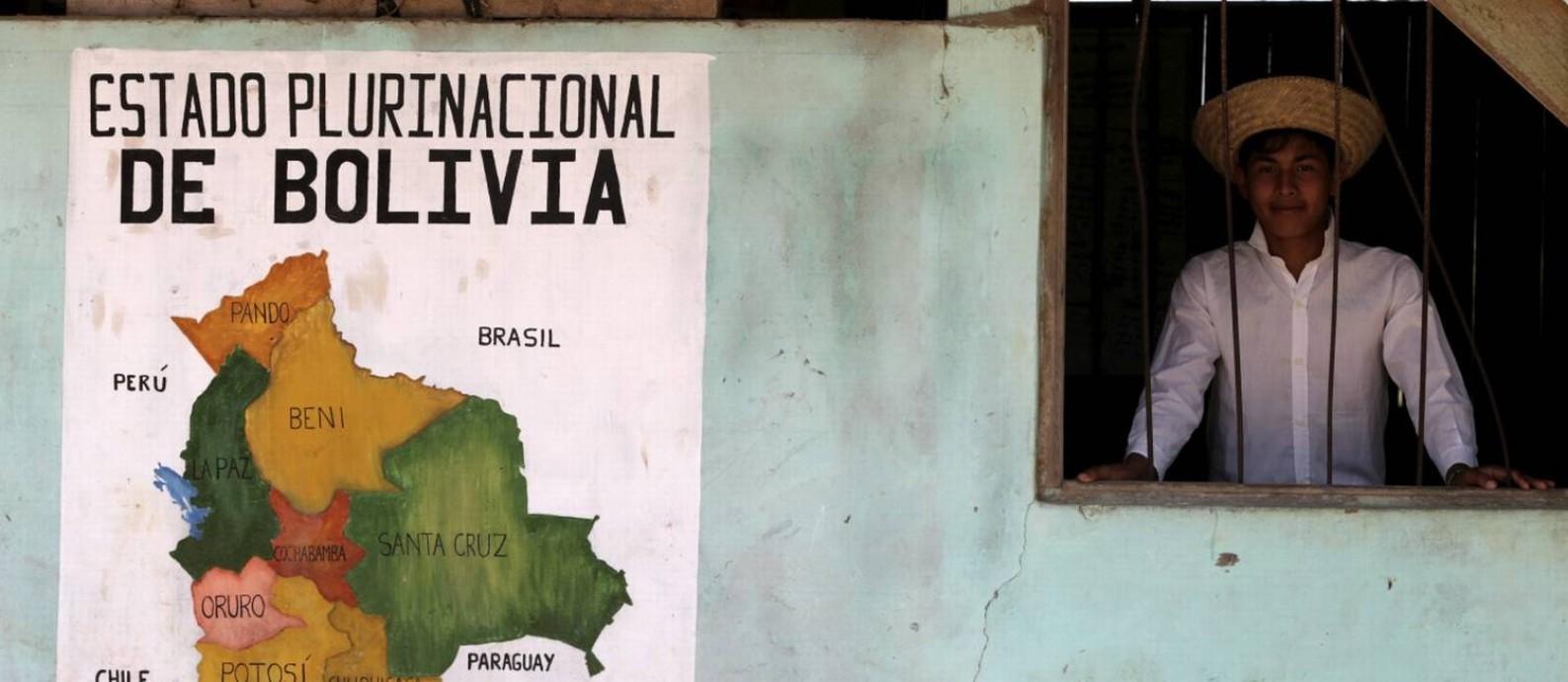 Oficialmente chamada de Estado Plurinacional da Bolívia reúne diferentes culturas e línguas indígenas Foto: Domingos Peixoto / Agência O Globo
