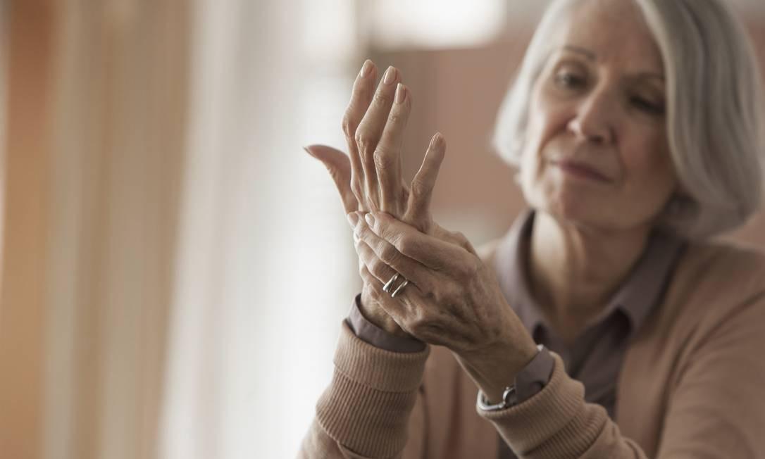 Alguns cuidados podem prevenir e amenizar os sinais Foto: Jose Luis Pelaez Inc / Getty Images