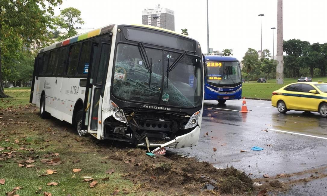 No acidente desta segunda-feira, seis pessoas ficaram feridas, no Aterro do Flamengo Foto: Isabela Aleixo