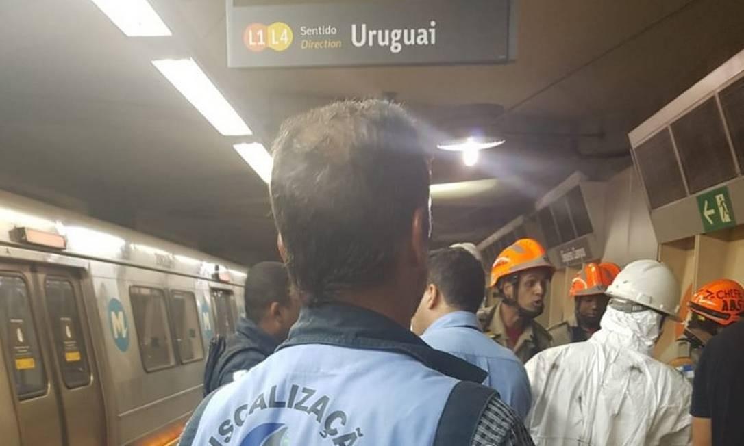 Representante da Agetrans chega à Estação Uruguai, na Tijuca Foto: Agetransp / Twitter