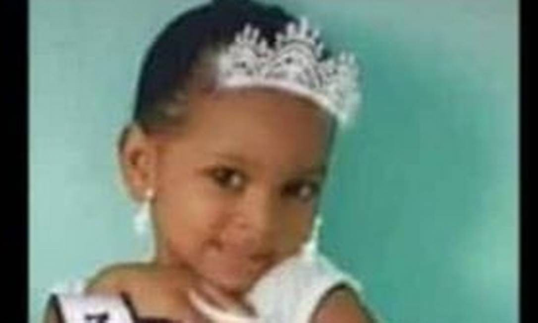 Menina de cinco anos morre baleada após troca de tiros em Realengo