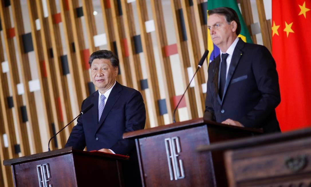 Bolsonaro e o presidente da China, Xi Jinping, concedem entrevista coletiva após reunião bilateral durante a cúpula do Brics. Segundo presidente brasileiro, país asiático faz parte do futuro do Brasil Foto: ADRIANO MACHADO / REUTERS