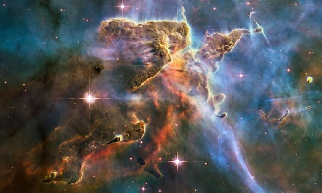 A aceleração da expansão do universo não pode ser explicada, no contexto da Teoria Geral da Relatividade de Einstein, sem a existência de uma forma desconhecida de energia Foto: Nasa