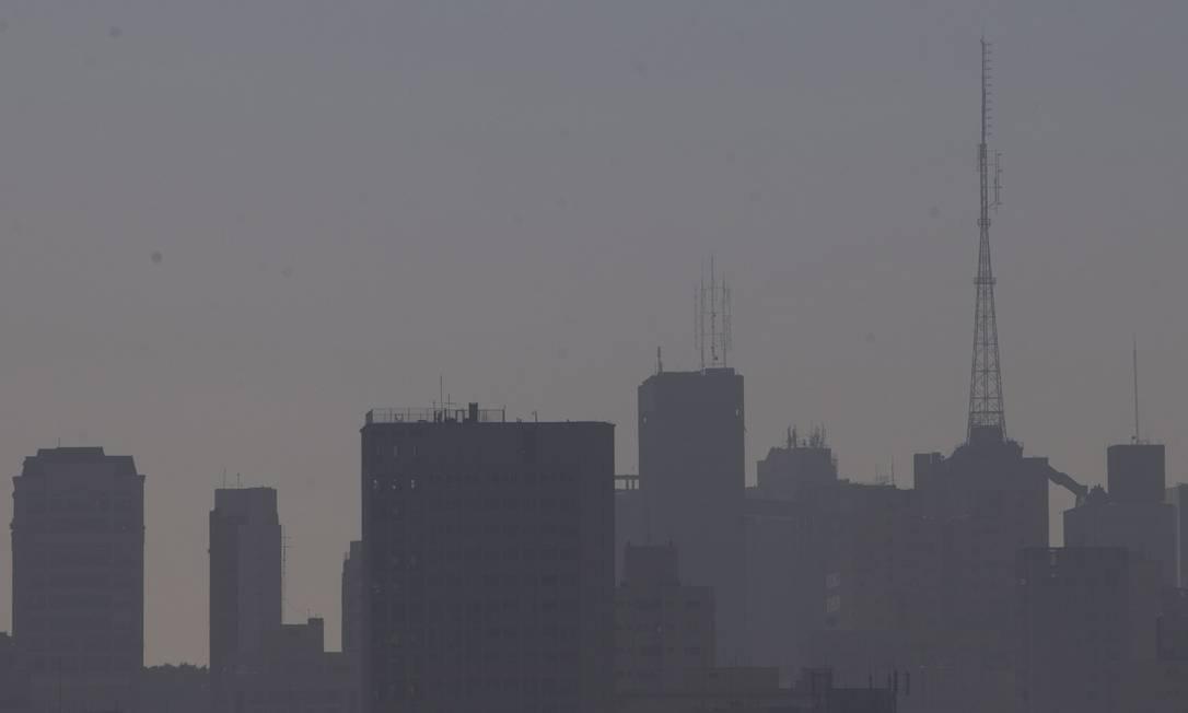 Poluição no céu de São Paulo, em foto de julho de 2018 Foto: Edilson Dantas / Agência O Globo