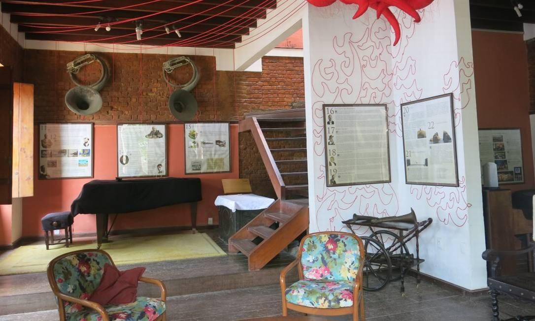 A Casa de Artes Paquetá abriga exposições sobre a história da ilha e rodas de samba e choro Foto: paula Lacerda / Paula Lacerda