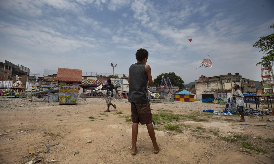 Terreno onde ficava o prédio do IBGE na Mangueira Foto: Alexandre Cassiano / Agência O Globo