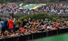 O público presente ao treino do GP de Interlagos Foto: NELSON ALMEIDA / AFP