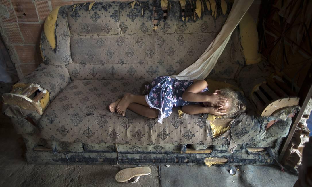 Mundo terá mais crianças afetadas pela pobreza Foto: Márcia Foletto / Agência O Globo