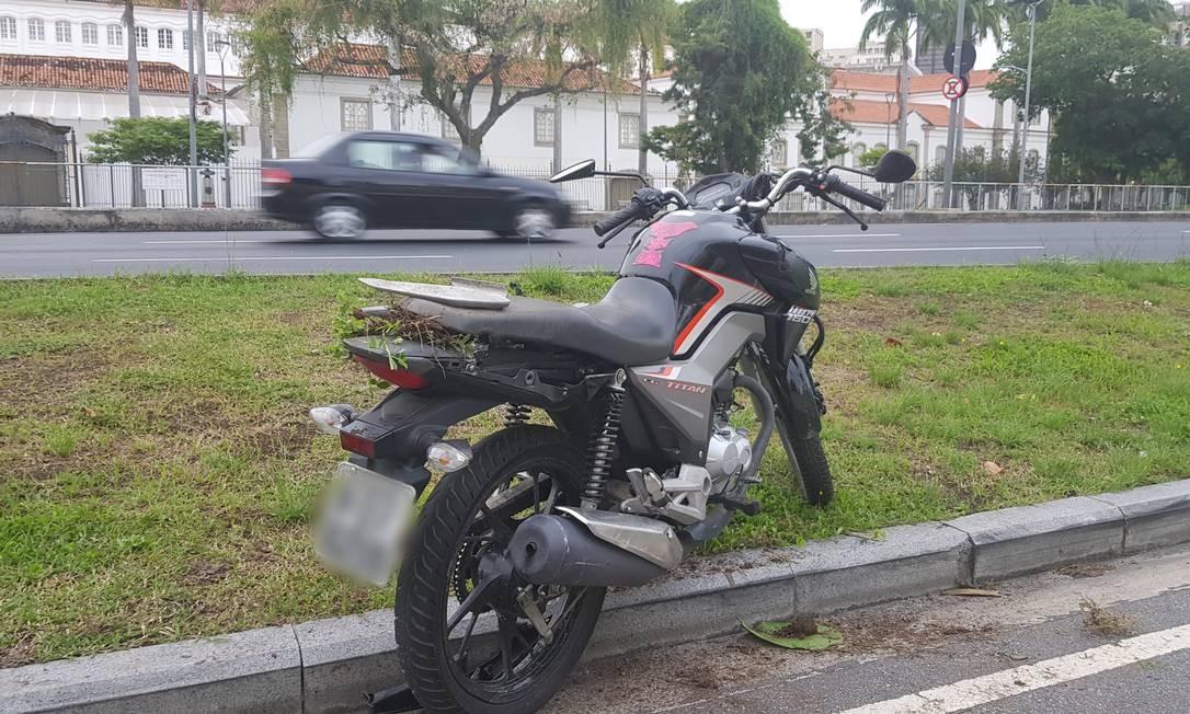 Dois homens morrem após acidente de moto no Aterro do Flamengo Foto: Felipe Grinberg