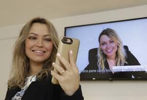 Dermatologista Apolonia Sales lançou podcast sobre beleza e cuidados com a pele e com o corpo. Foto: Marcos Ramos / Agência O Globo