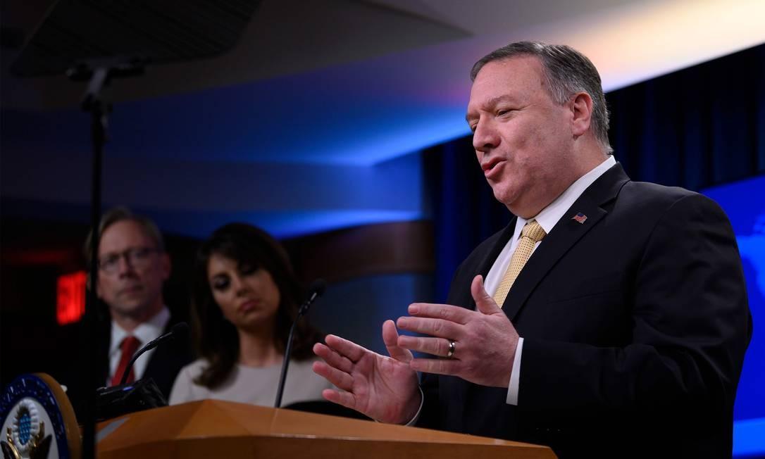 Secretário de Estado dos EUA, Mike Pompeo, ao anunciar que os EUA não considerarão mais como ilegais os assentamentos israelenses na Cisjordânia Foto: JIM WATSON / AFP