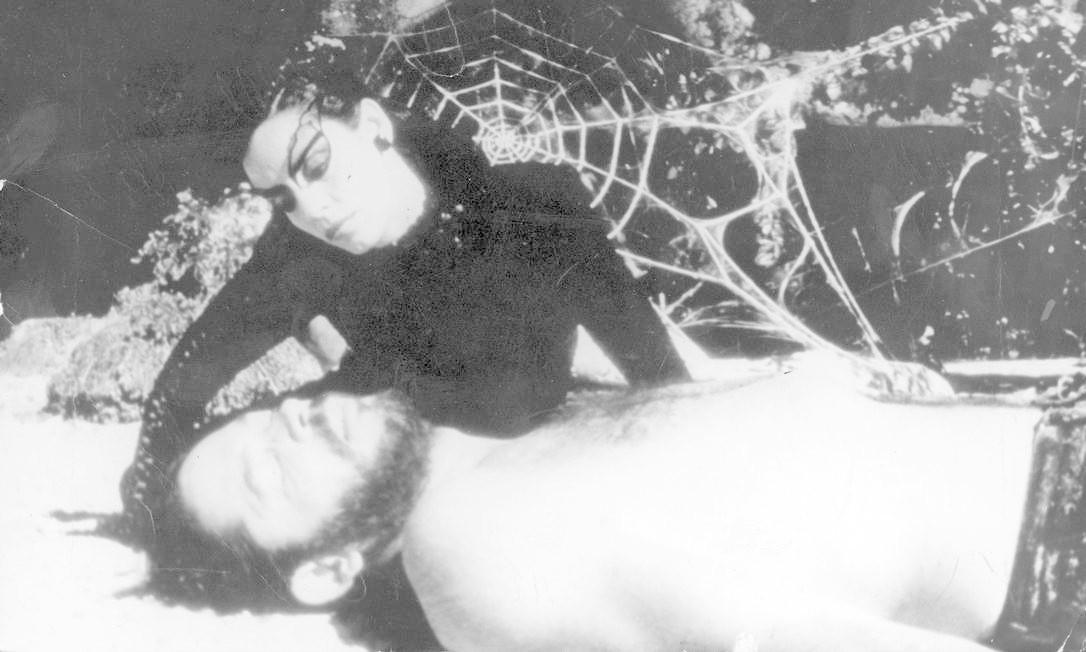 """""""O beijo da Mulher-Aranha"""" foi um dos grandes destaques do Oscar de 1986. O DNA brasileiro estava em Héctor Babenco, indicado a melhor diretor.Disputou ainda os prêmios de melhor filme, roteiro adaptado e ator, vencido por Willam Hurt Foto: Divulgação"""