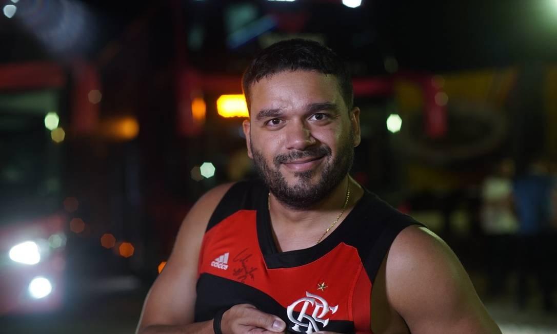 Renan Batista foi vascaíno até 18 anos quando virou flamenguista Foto: Henrique Coelho/ Divulgação