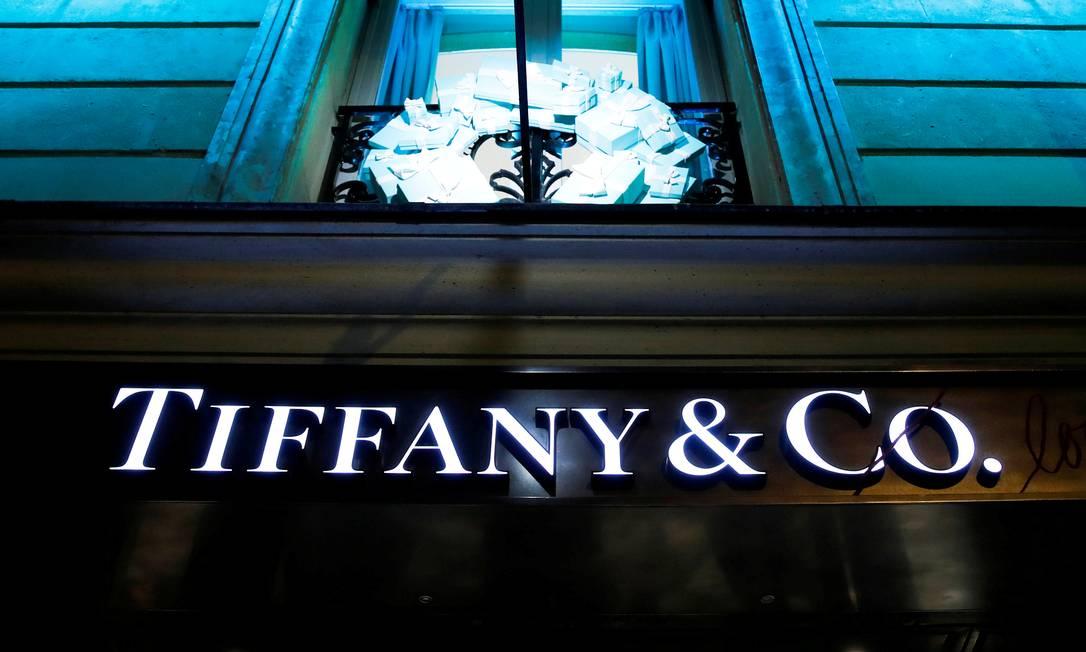 Logotipo da Tiffany em uma loja em Paris, França Foto: Gonzalo Fuentes / Reuters
